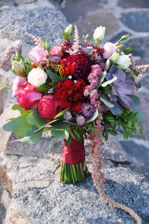 rustic wedding rustykalny ślub bukiet ślubny sukulenty dalie garden flowers perfect flowers infloral małgorzata Pawłowska
